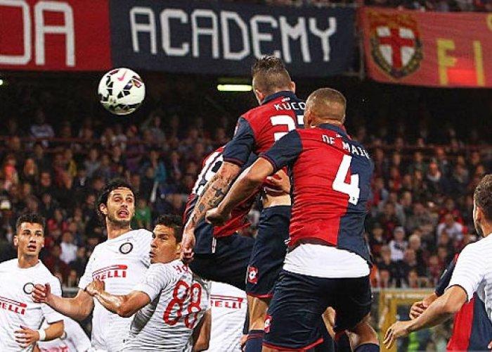 Bekuk Inter, Genoa Tapaki 5 Besar
